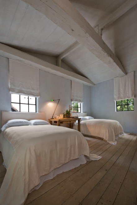 bedroom-double-bed